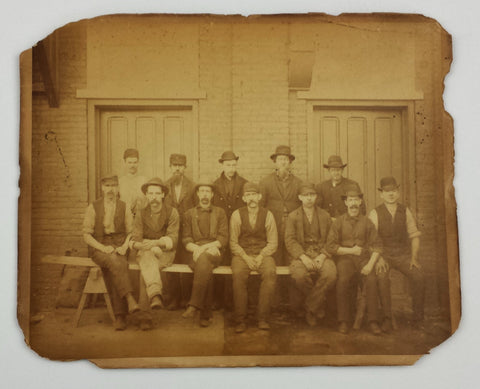 Ca. 1880s photograph of Philly-area construction workers