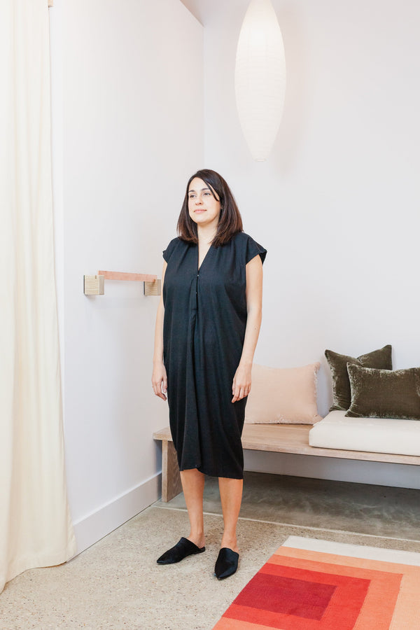 Everyday Nursing Dress, Silk Noil in Black