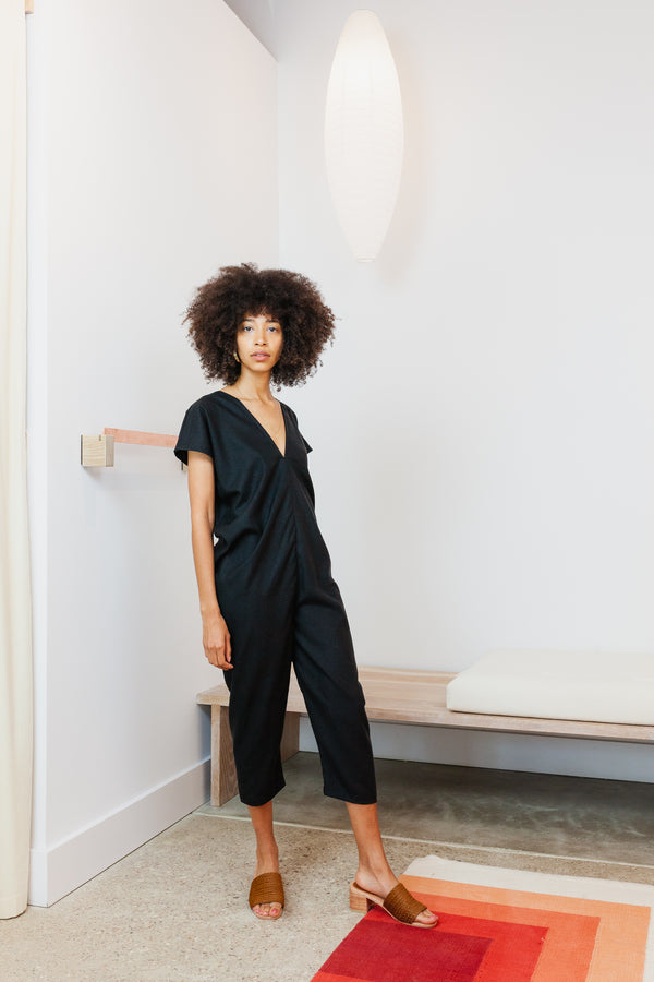 Petite Everyday Jumpsuit, Linen in Black