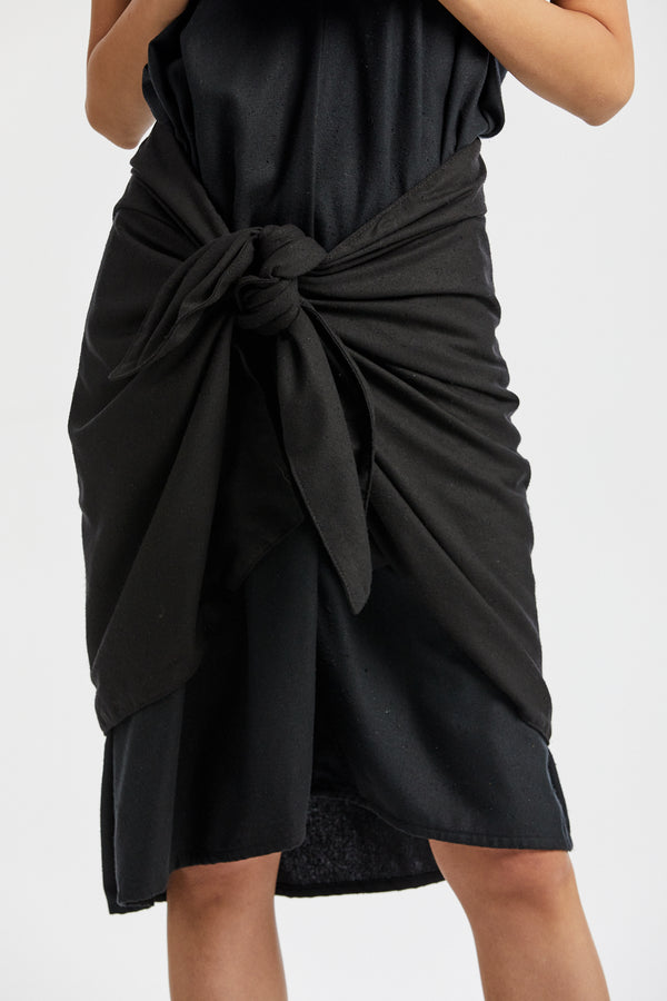 Sarong, Silk Noil in Black