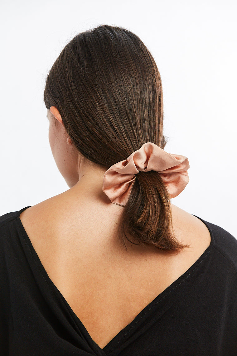 Winden x MBS Scrunchie, Silk Charmeuse in Bardot