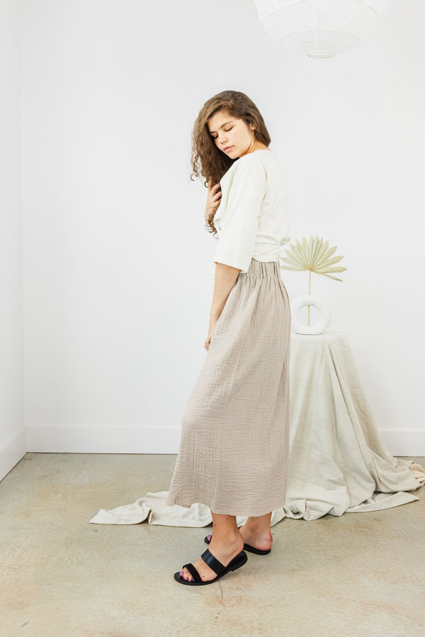 Paper Bag Skirt Bubble Gauze in Isla