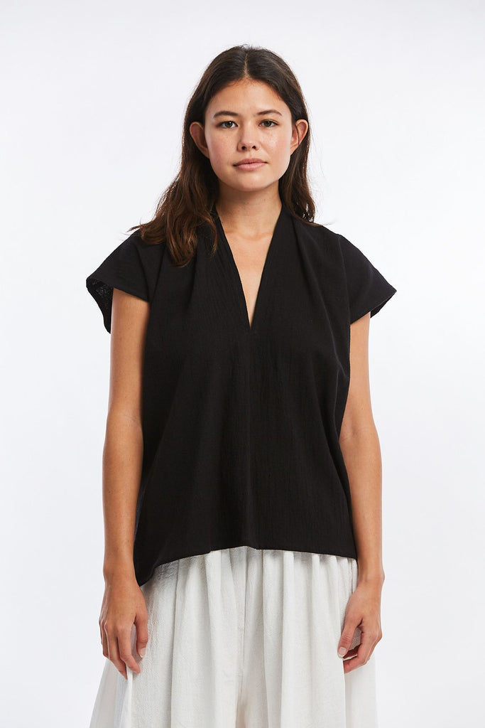 Petite Everyday Top, Textured Cotton in Black