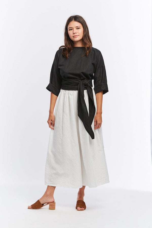 Wrap Top, Linen in Black