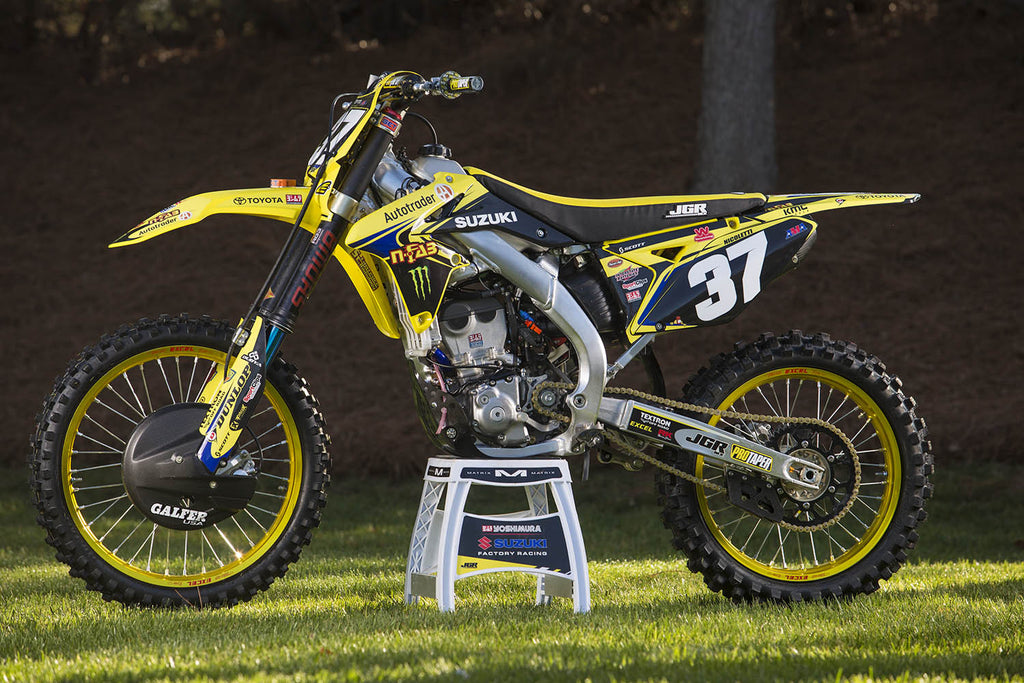 This Week At JGRMX - Phil Nicoletti Suzuki RM-Z250 Bike Breakdown
