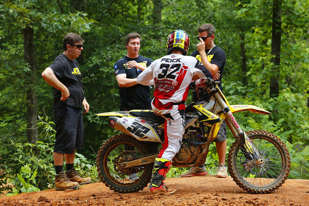 This Week at JGRMX - Jonny Oler Interview