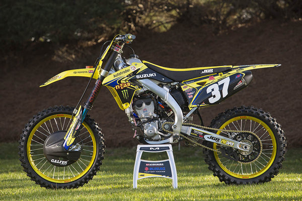 Engine side view of Phil Nicoletti's RM-Z250