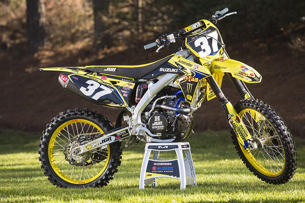 Static photo of Phil Nicoletti's works Suzuki RM-Z250