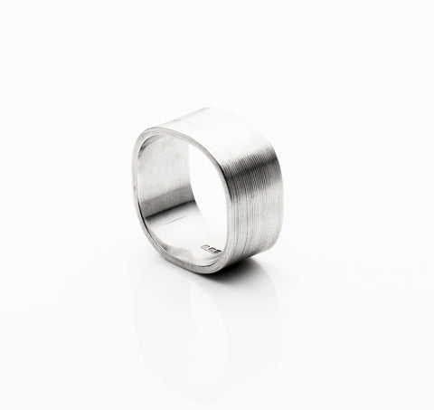Gently Squared Ring