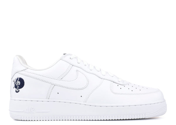 "NIKE AIR FORCE 1 LOW  ""ROC-A-FELLA"" (AO1070 101)"
