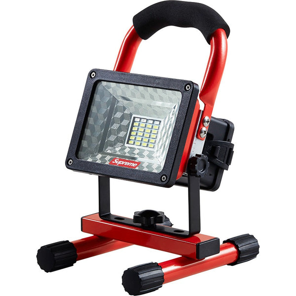 SUPREME CORDLESS FLOOD PORTABLE LIGHT