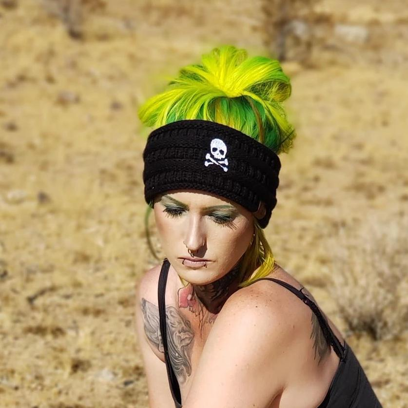 Skull & Crossbones Solid Ribbed Headwrap