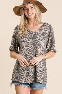 Leopard V Neck w/pocket Top