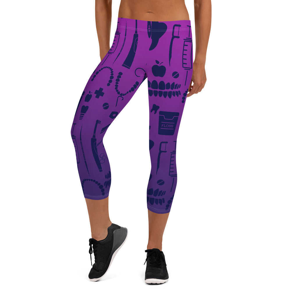 Dental Pattern Gradient Capri Leggings