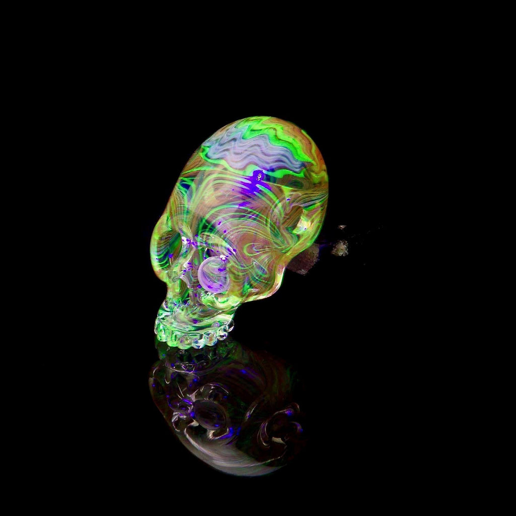 "Aquarius x Freddy Faerron ""Fume Theory Sugar Skull #5"" UV Pendant Collaboration"