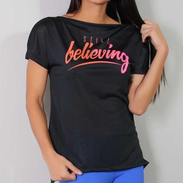 Blusa Fitness com Elástico nas Costas e Estampa Believing  4.4.1629-01