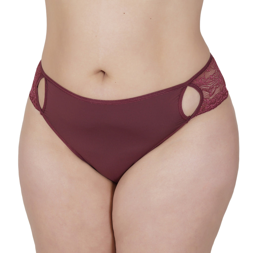 Plus Size - Tanga Plus Size Strappy