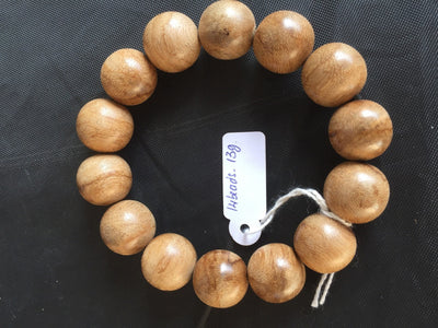 Beads 16mm 14 beads 13g *New* Wild Saba Young Agarwood Bracelet