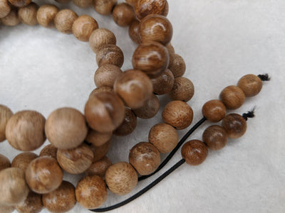 Beads The small MK, 108 mala Wild Agarwood beads 8mm 10g