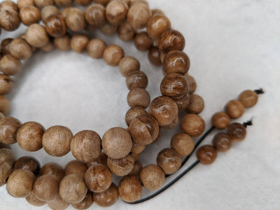 The small MK, 108 mala Wild Agarwood beads 8mm 10g - Grandawood- Agarwood Australia