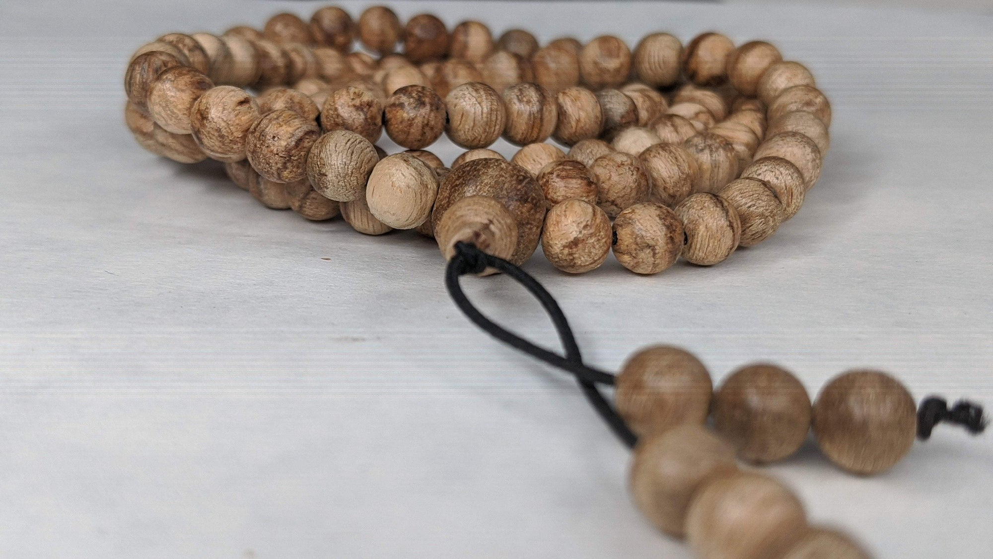 Beads Wild Young Tigerwood Agarwood - 108 mala -6mm 10g
