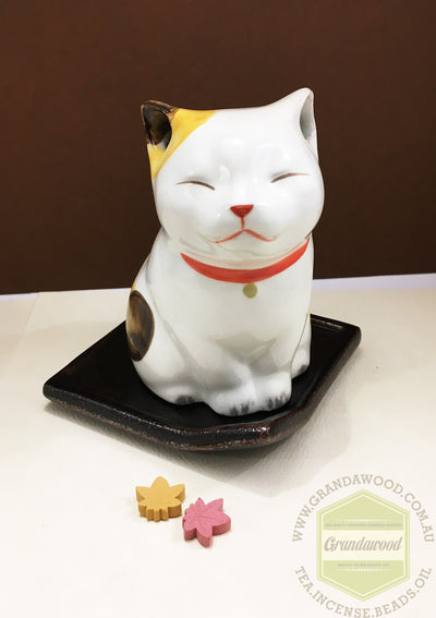Incense holder- Ceramic Neko - Grandawood- Agarwood Australia