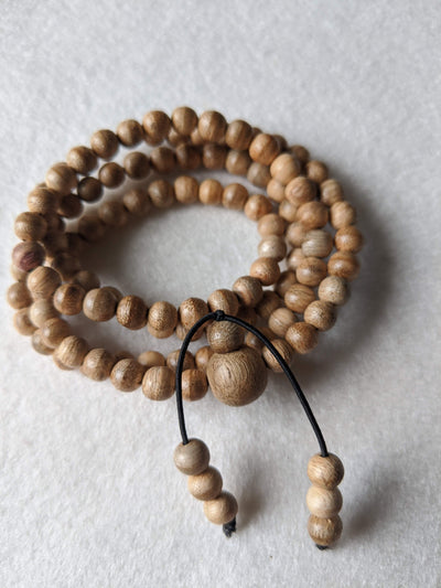 Mala beads *New* 6mm Young wild agarwood mala 108 5g from Papua New Guinea