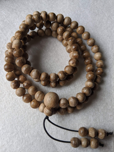 Mala beads New Entry Level: 11g Wild Borneo Agarwood 108 mala with 7mm dimension
