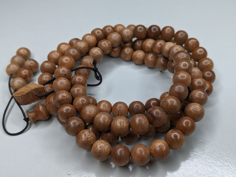 Mala beads *New* The Contentment 2 Wild Borneo Agarwood mala 114 beads - 19g,  8mm