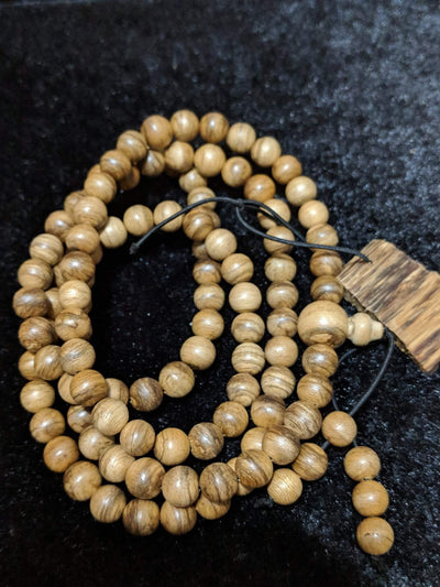 Wild Agarwood mala 108 Malinau 18g 8mm with a large piece of remaining material - Grandawood