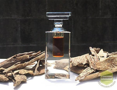Oil Specialty 100% Pure Cultivated Agarwood Oil (Oud)-Sweet Herbal Spice Essential Oil