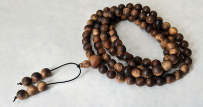 "sandalwood beads 1 x 108 mala 8mm - heavy sinking beads Dimension: 8mm  Weight  around 37g ""The Beauty of the Death"" Wild Aged Sandalwood  beads"