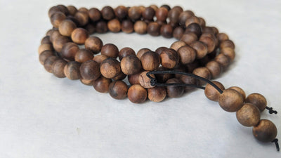 "sandalwood beads ""The Beauty of the Death"" Wild Aged Sandalwood  beads"
