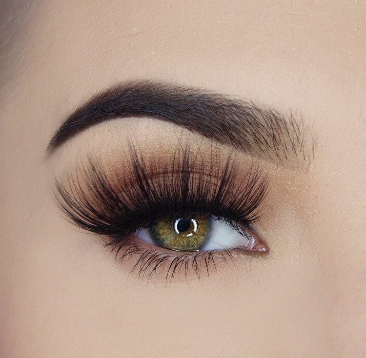 "Load image into Gallery viewer, ""Lash Addict"" - Pink Mink® Lashes - 2"