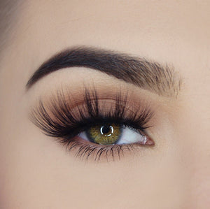"Load image into Gallery viewer, ""Put A Ring On It"" - Pink Mink® Lashes - 2"