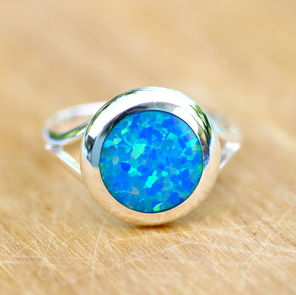 Blue Opal Ring,Geode ring,October birthday,Birthstone ring,gemstone ring,Agate ring,Unisex Ring,Father day,For him,Summer gifts,Opal,Trending