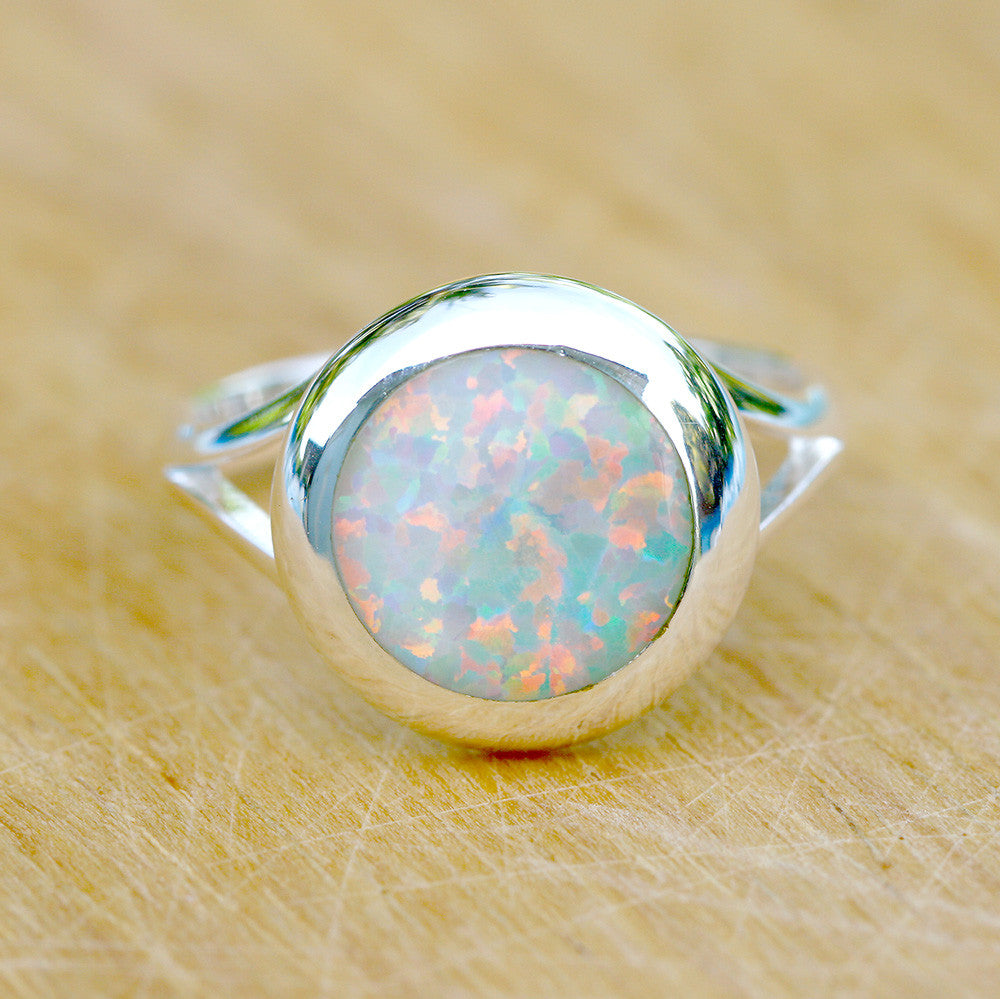 White Opal Ring,Geode ring,October birthday,Birthstone ring,gemstone ring,Agate ring,Unisex Ring,Father day,For him,Summer gifts,Opal,Trending