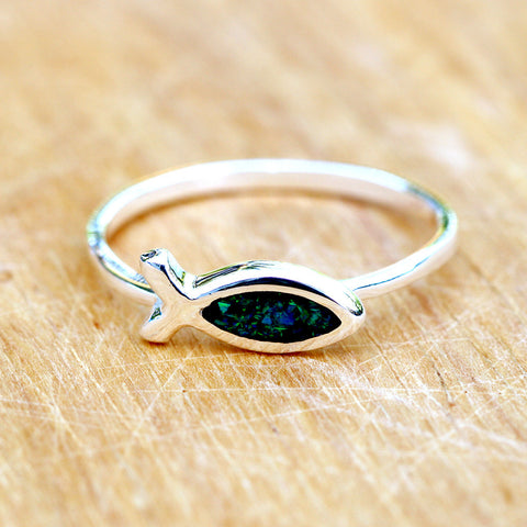 Black Opal Ring,Geode ring,October Birthstone,Birthstone Ring,gemstone ring,Agate ring,delicate ring,stone,gedoe,agate,silver,opal,dainty