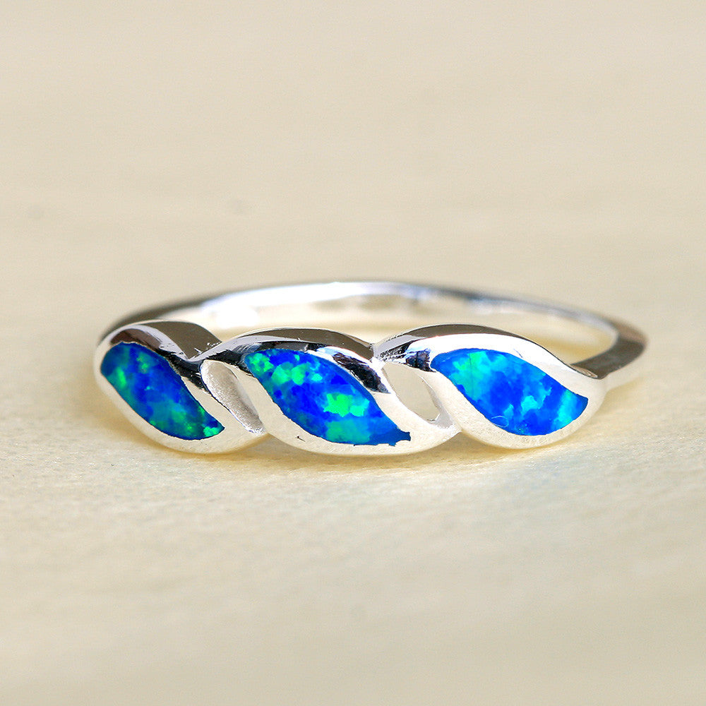 Opal Ring,Geode ring,October Birthstone,Birthstone Ring,gemstone ring,Agate ring,anniversary gifts,Gift idea,couple ring,Trending,Unisex
