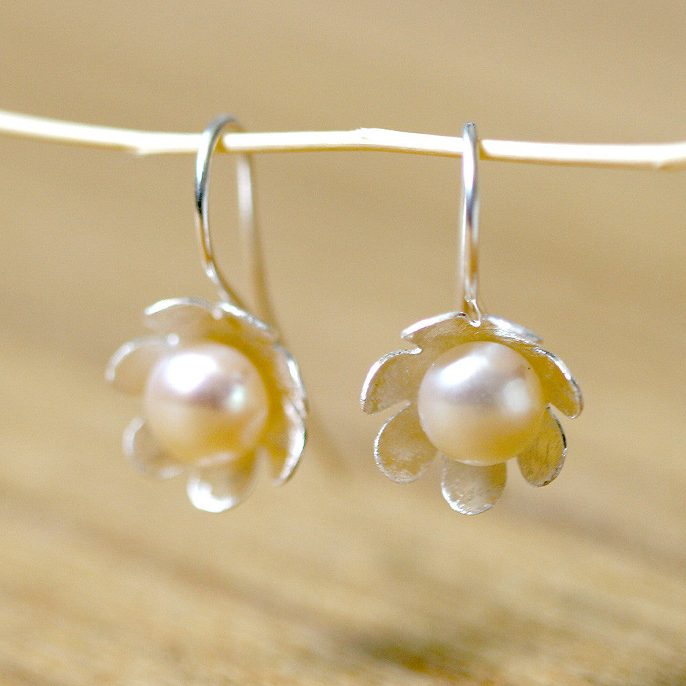 Fresh water pearl Flower silver matte earrings 925 sterling silver
