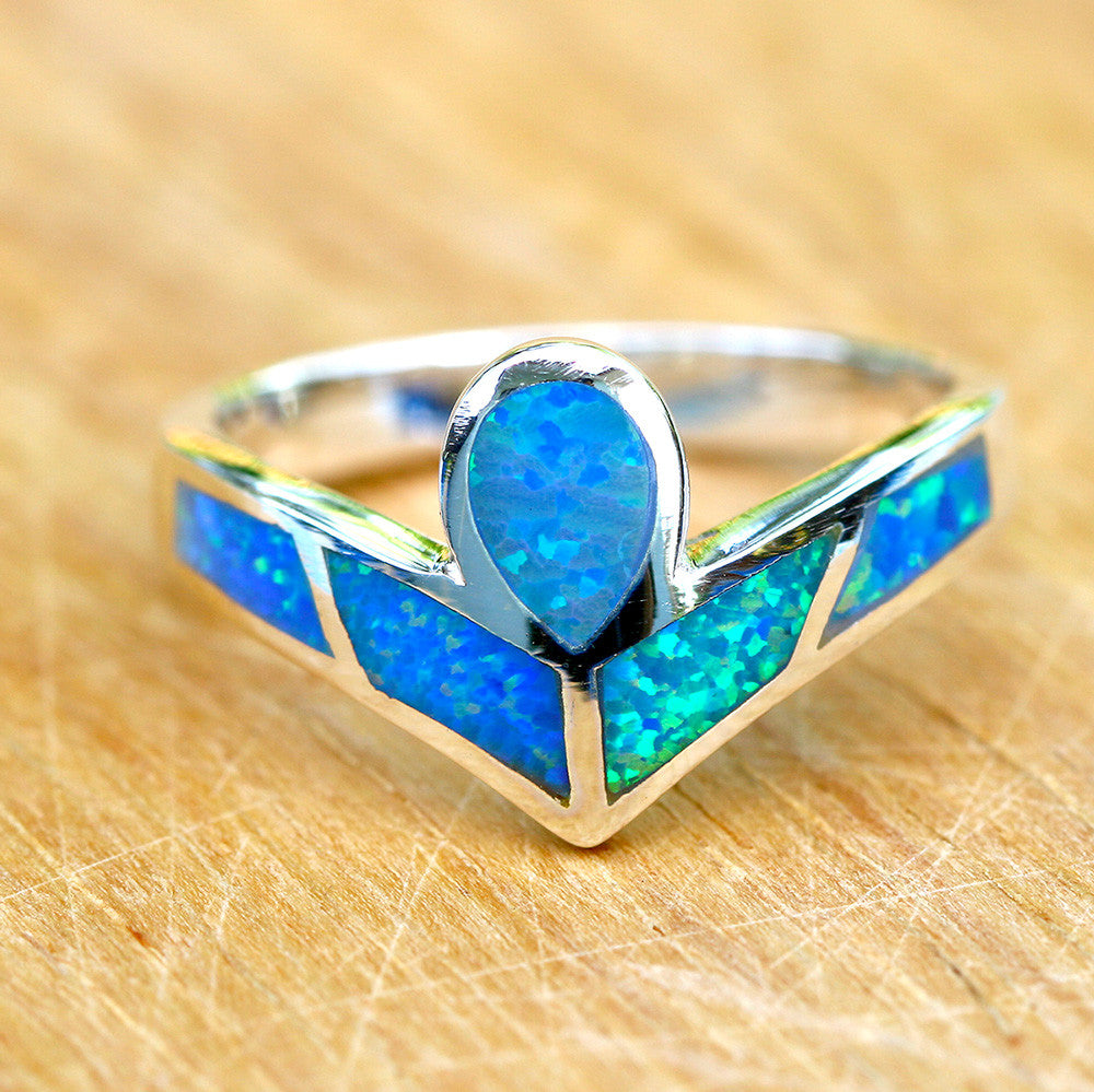 Triangle ring,Opal Ring,Geode ring,gemstone ring,Agate ring,unisex ring,October Birthstone,Stone Ring,Birthstone Ring,Trending,Summer gifts,August ring