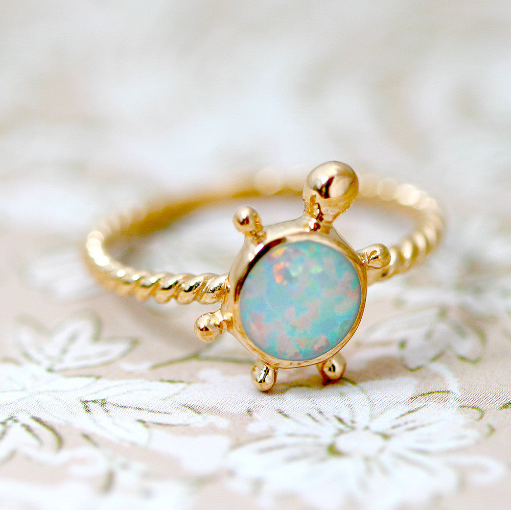 White Turtle,Rose gold,Opal Ring,Geode ring,gemstone ring,Agate ring,Gemstone Ring,Opal,Jewelry,Silver,Stone,Gift idea,Birthstone ring,October,Stone ring,Delicate