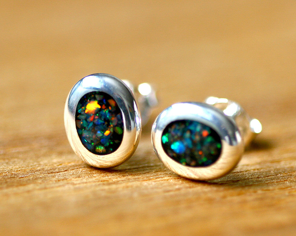Opal earrings,Opal stud,silver earrings,delicate earrings,Delicate earrings,silver,stone earrings,stone,opal,october birthstone,gemstone,silver