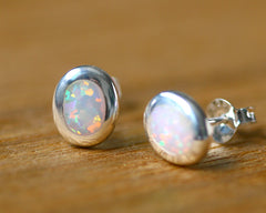 opal stud,opal earrings,silver earrings,delicate earrings,Delicate earrings,silver,stone earrings,stone,opal,october birthstone,gemstone,silver
