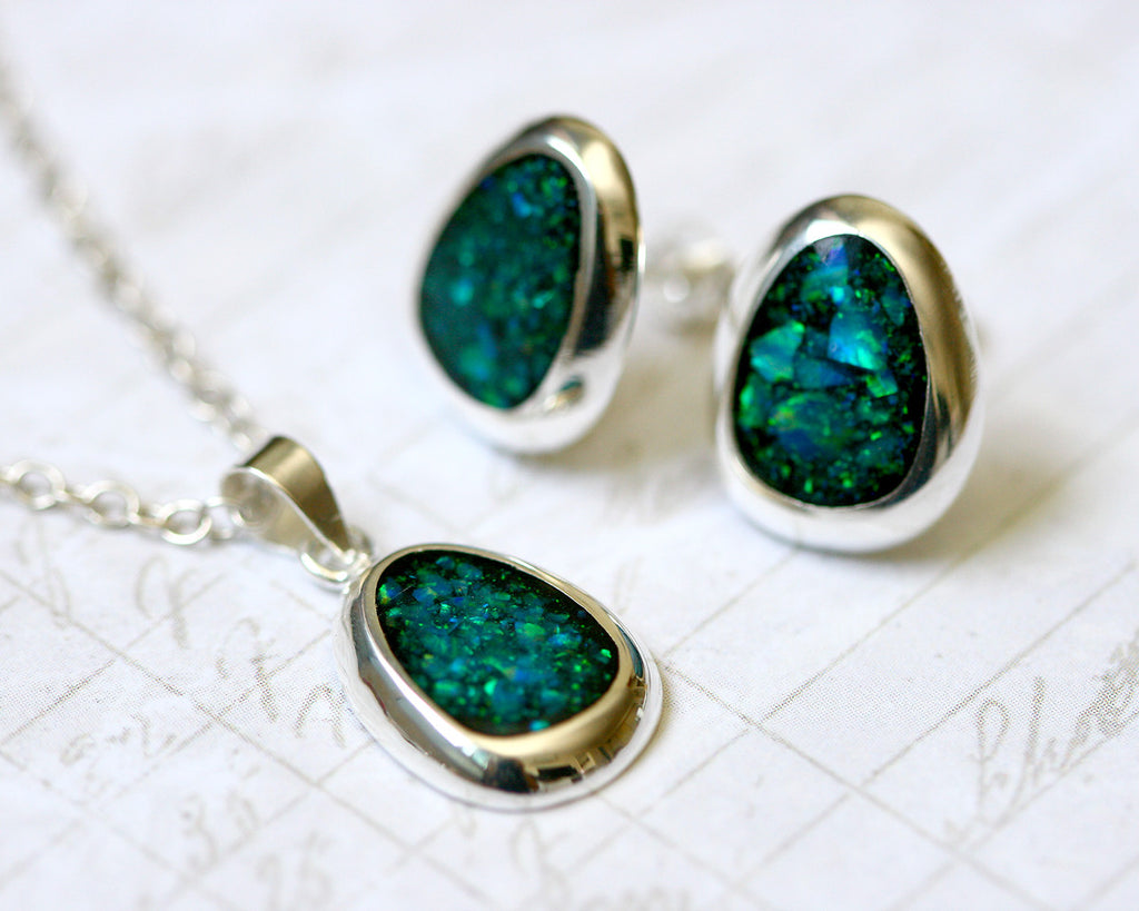 black pendant modern necklace opal
