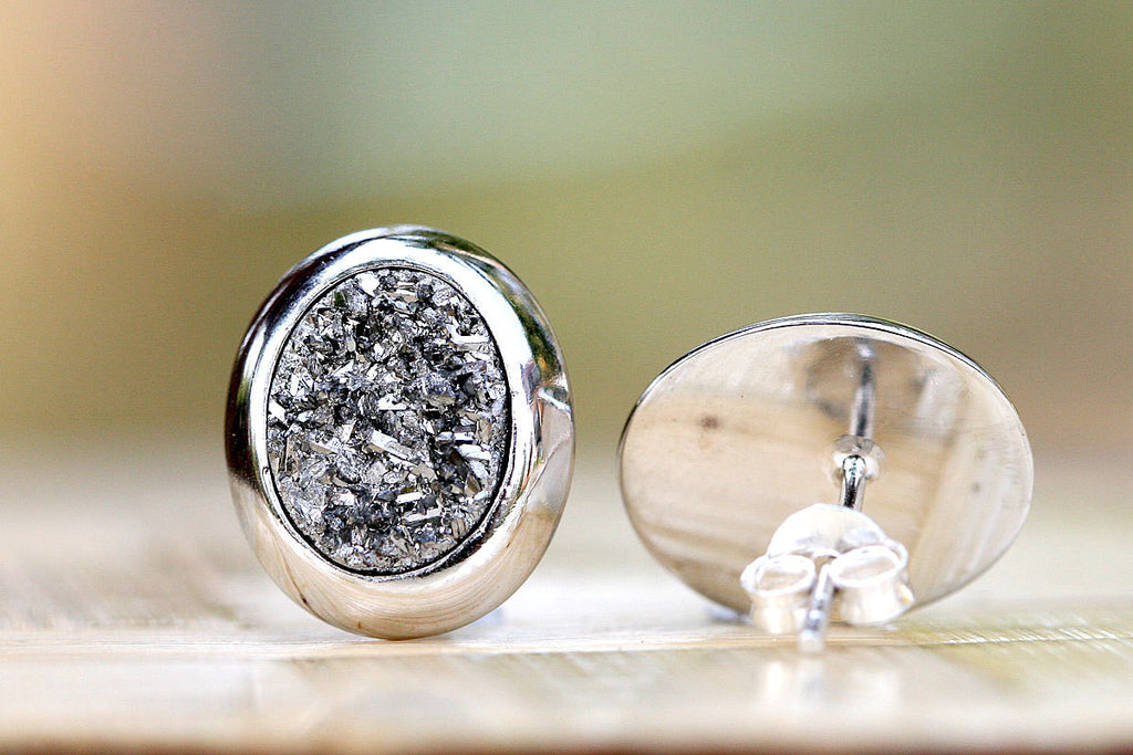 Stud Earrings,Geode Earrings,Druzy Earrings,Drusy Earrings,Stone earrings,stud,druzy,drusy,quartz,geode,silver,sparkle,quartz earrings