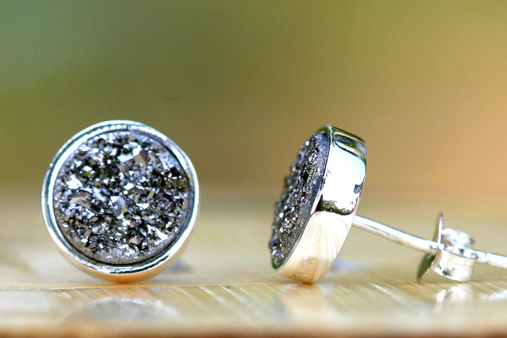Stud Earrings,Geode Earrings,Druzy Earrings,Drusy Earrings,Gemstone earrings,Silver stud,Agate Earrings,Stone earrings,Stone,druzy,drusy