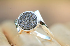 Druzy ring,Stone ring,Geode ring,Gemstone ring,Crystal ring,Quartz ring,silver,Agate ring,Sparkle,stacking,drusy ring,unique,925 sterling silver