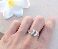 White Opal Ring,Geode ring,October Birthstone,Birthstone Ring,gemstone ring,Agate ring,Women Ring,Gift idea,Birthday gift