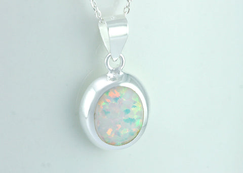 Opal Necklace,Opal Pendant,Geode Necklace,Gemstone Necklace,Stone Necklace,Birthstone,October,Opal jewelry,Agate Necklace,stone,delicate